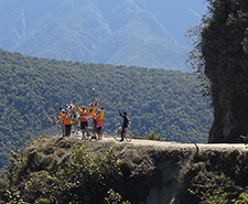 Sport and Aventure tours in Bolivia with your local travel agency Terra Andina Bolivia