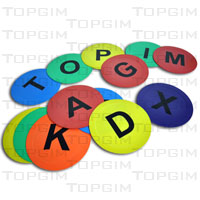 Conjunto de bases coloridas em borracha com letras de A a Z