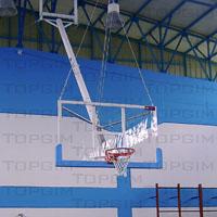 Unidade de basquetebol basculante para tecto