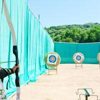 Rede especial para protecção de bastidores de tiro com arco
