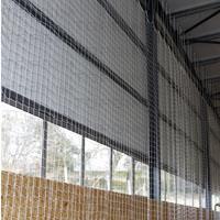 Kit para fixação de redes de protecção nos topos de polidesportivos