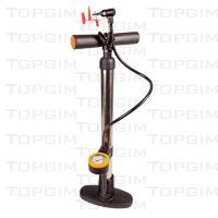 Bomba vertical com tubo metálico e medidor de pressão