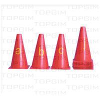 Conjunto de 26 cones de 23cm com letras de A a Z