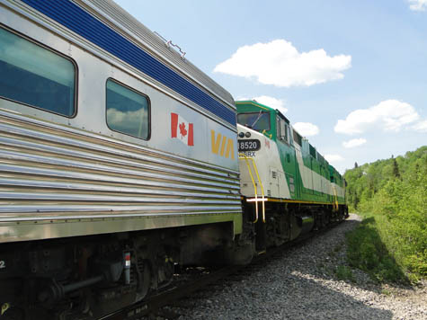 train-via-rail-lac-edouard-mauricie
