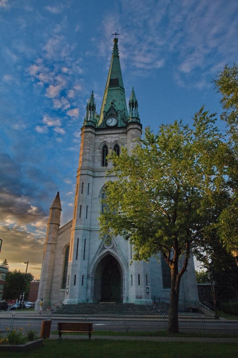 cathedrale-trois-rivieres-mauricie