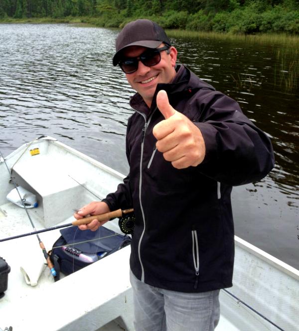 Cyril Chauquet peche la truite au Quebec en Mauricie 2