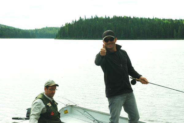 Cyril Chauquet peche la truite au Quebec en Mauricie 5