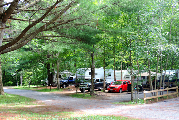 camping-parc-batiscan-roulotte