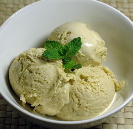 Matcha Frap (Green Tea Ice Cream) recipe