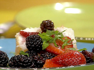 Tm1419_berrydessert_lg_medium