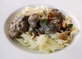 Mediterranean_meatballs_medium
