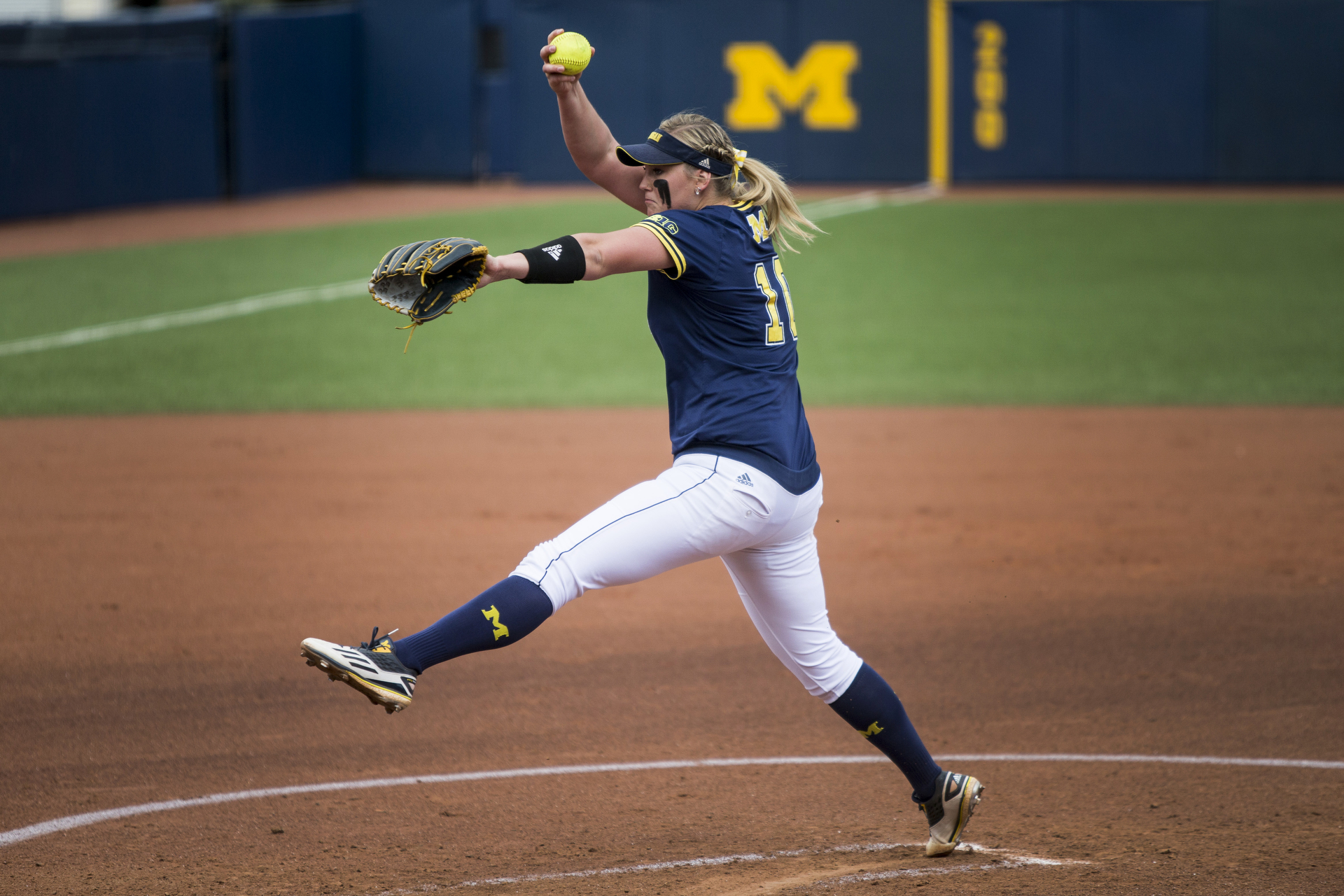 The Michigan Wolverines softball team plays Rutgers on May 7, 2016 in Ann Arbor, MI. (Photo by Taylor Baucom/The Players' Tribune)