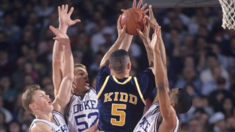 College Basketball: NCAA Playoffs: Rear view of Cal Jason Kidd (5) in action vs Duke. Rosemont, IL 3/20/1993 CREDIT: John Biever (Photo by John Biever /Sports Illustrated/Getty Images)