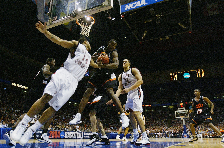 2004 NCAA Round 4: St. Joseph's v Oklahoma State