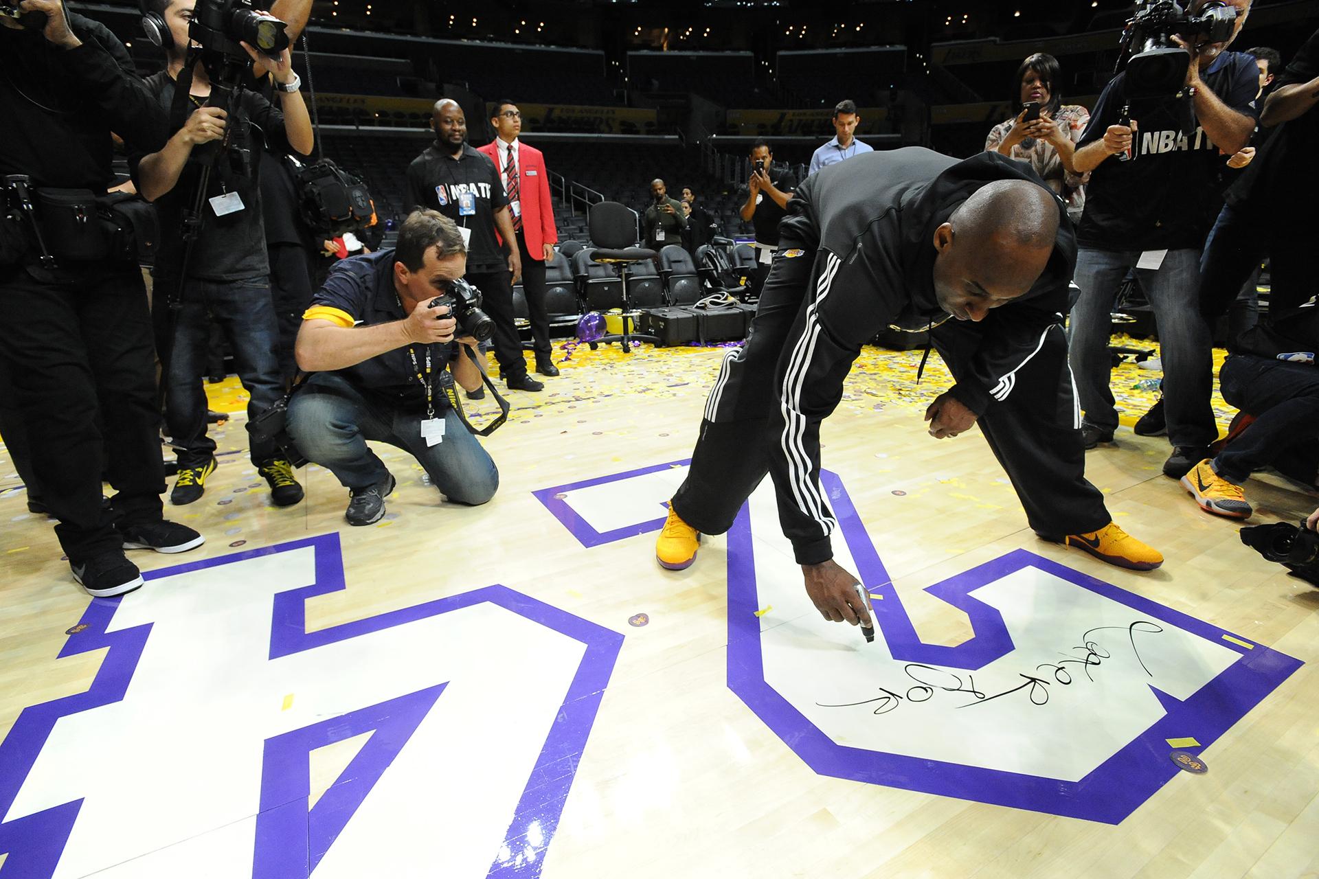 575732179_Jazz_Lakers_Bernstein_3730