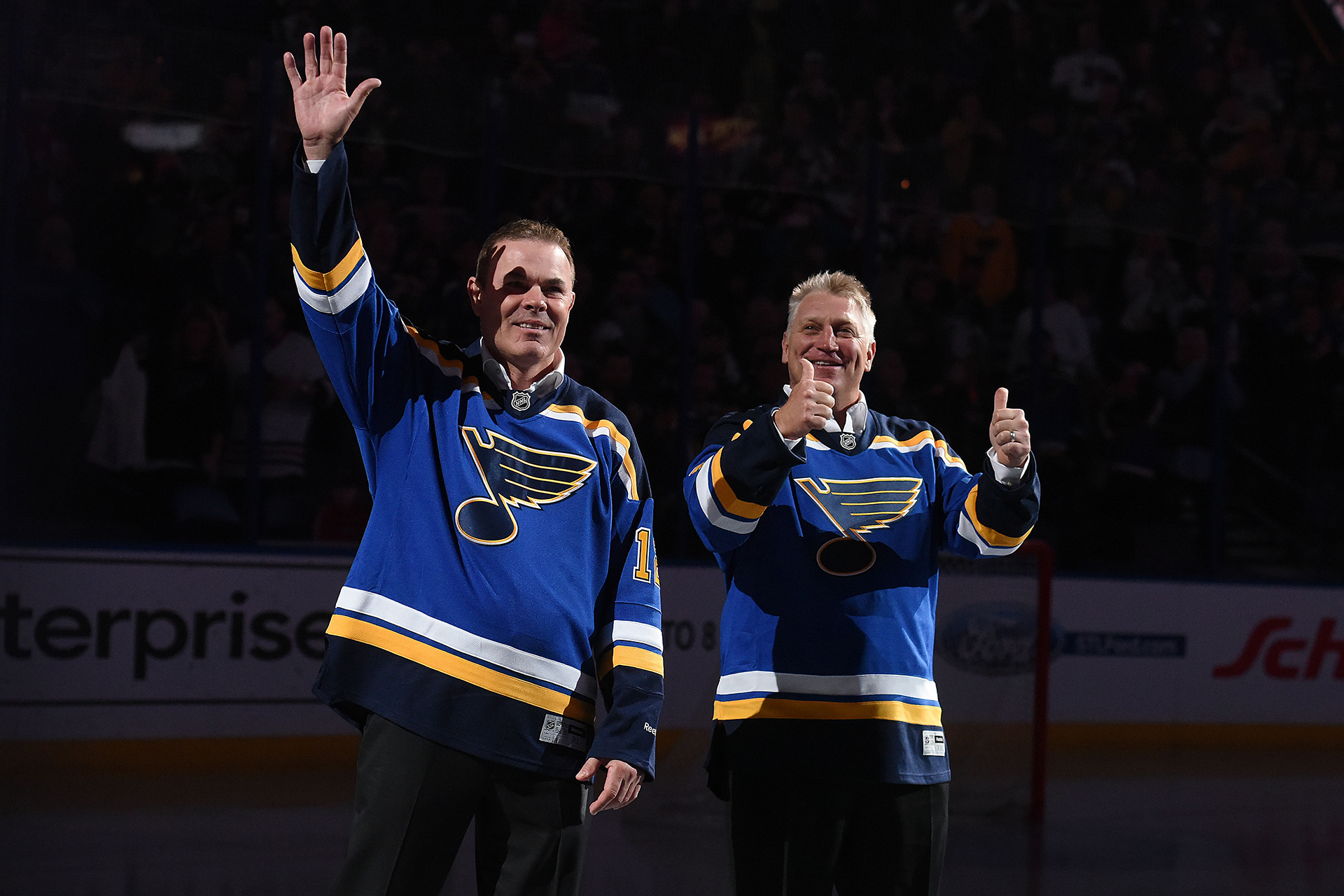 01 April, 2016: Former Blues stars Adam Oates and Brett Hull before a NHL game between the Boston Bruins and the St. Louis Blues at Scottrade Center in St. Louis. Boston won, 6-5. (Photo by Keith Gillett/Icon Sportswire) (Icon Sportswire via AP Images)