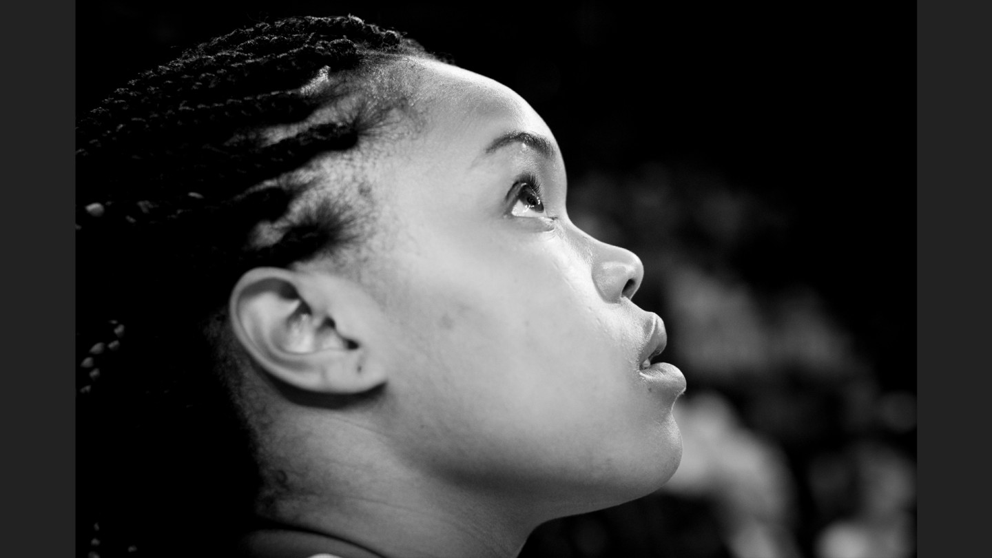 Brittany Boyd looks up at the scoreboard during the game.