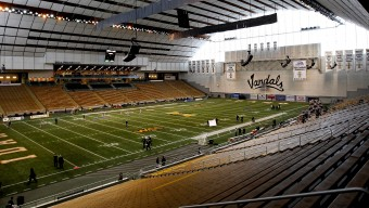 MOSCOW, ID - NOVEMBER 17: A general view of the Kibbie Dome before the game between the Texas San Antonio Roadrunners and the Idaho Vandals on November 17, 2012 in Moscow, Idaho. (Photo by William Mancebo/Getty Images)