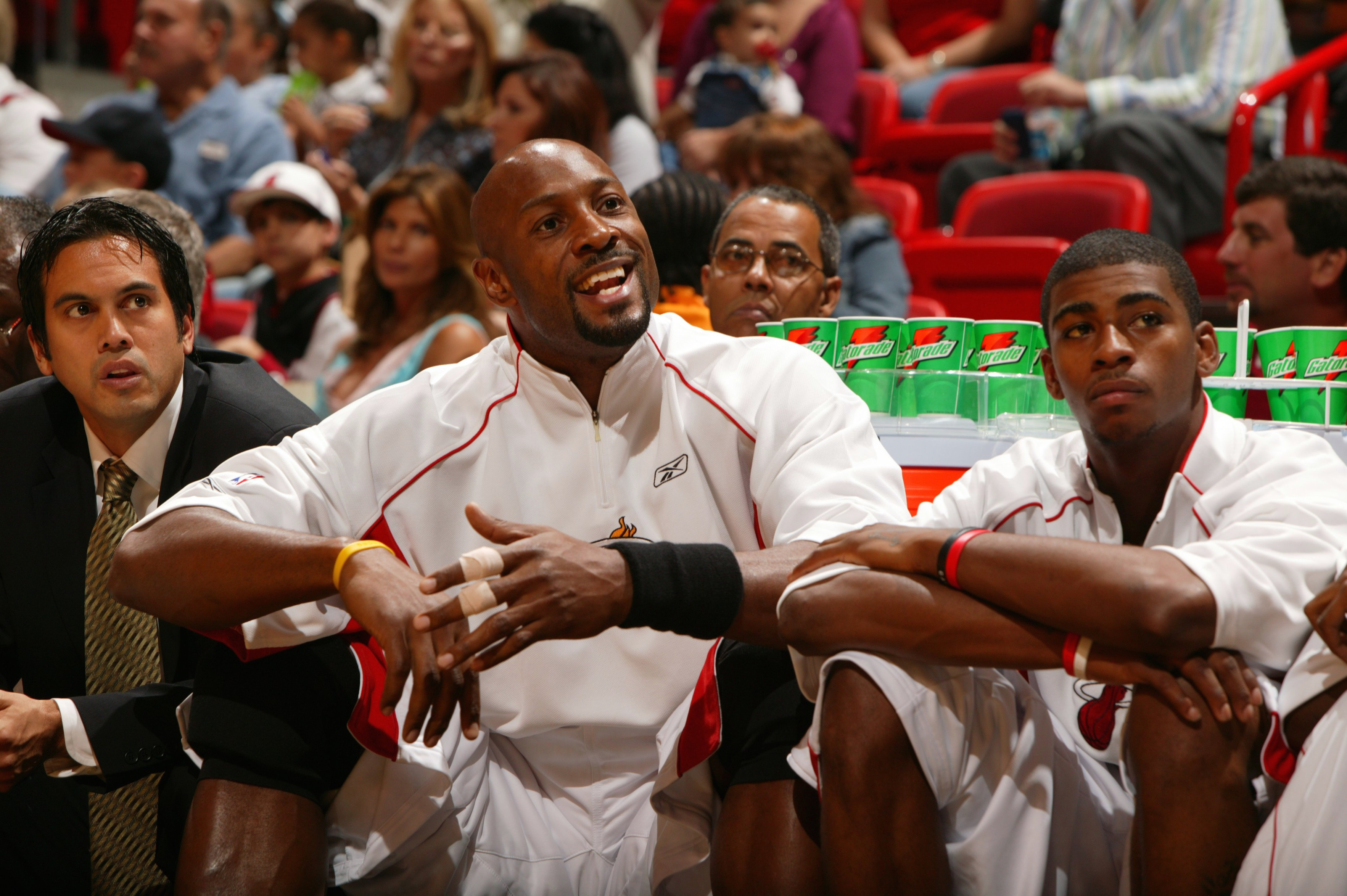 UNITED STATES - OCTOBER 15:  Basketball: Miami Heat Alonzo Mourning (33) and Dorell Wright (1) sitting on bench during preseason game vs Charlotte Bobcats, Miami, FL 10/15/2005  (Photo by Greg Nelson/Sports Illustrated/Getty Images)  (SetNumber: X74449 TK1)