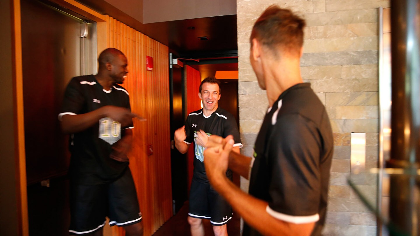 Nash enjoys a laugh with Miami Heat SF Luol Deng and Italian soccer legend Alessandro Del Piero before the game.