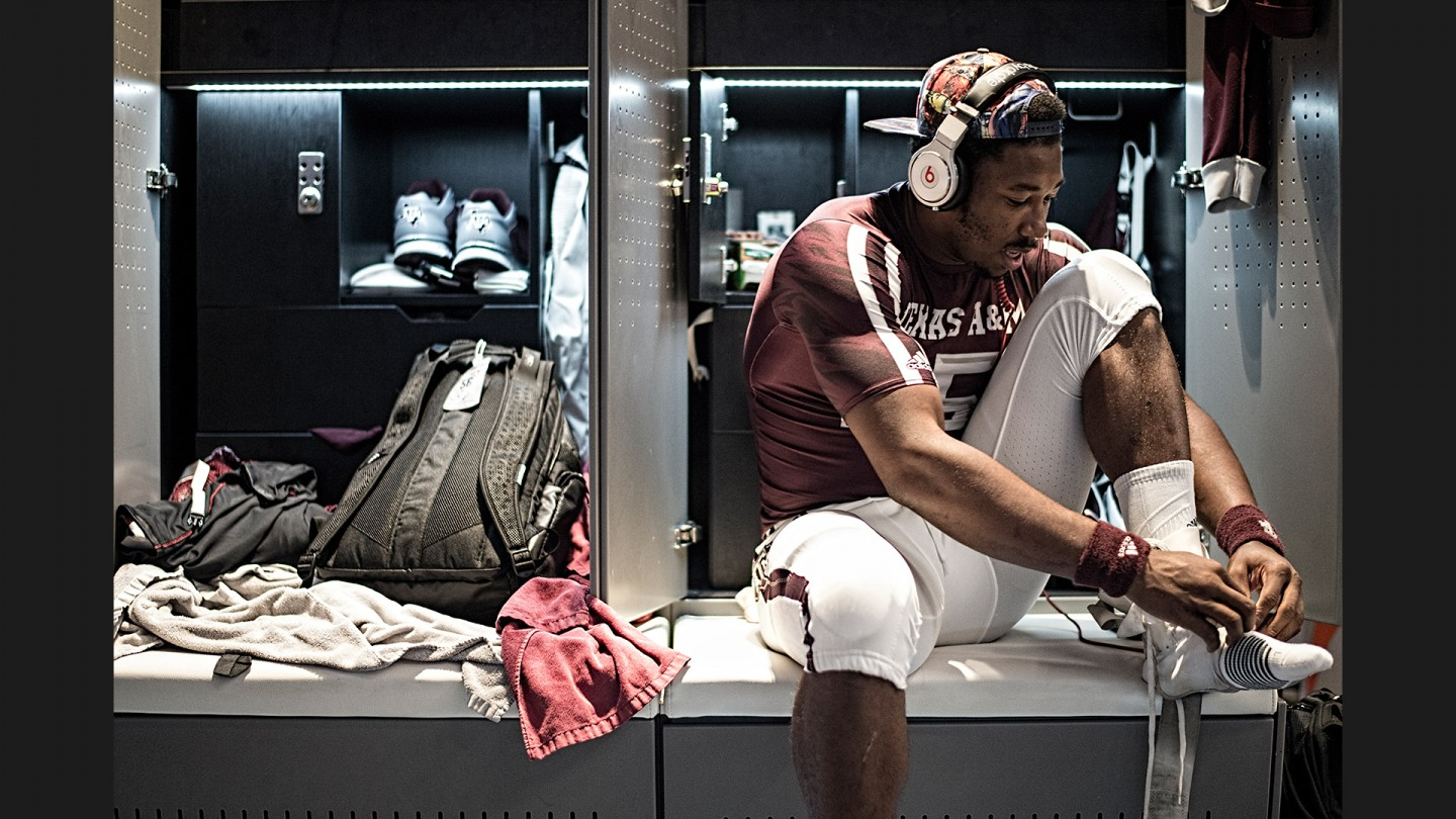 Myles Garrett suits up for the game against Nevada.