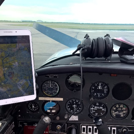 Cockpit with tablet