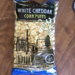 White_cheddar_corn_puffs