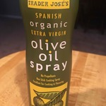 Spanish_organic_extra_virgin_olive_oil_non_stick_cooking_spray