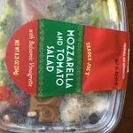 Mozzarella_and_tomato_salad