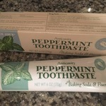 Anticavity_peppermint_toothpaste
