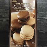 6_chocolate_and_6_vanilla_french_macarons