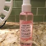 Rose_water_facial_toner