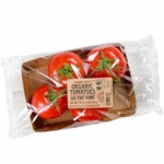 Organic_tomatoes_%28on_the_vine%29