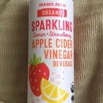 Organic_sparkling_lemon_strawberry_apple_cider_vinegar_beverag