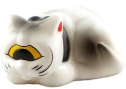Platform: Sleeping Fortune Cat
