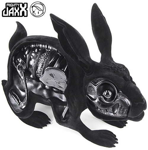 Black_flocked_lepus_pellis_os_omentum_by_nychos-mighty_jaxx_release_on_sale_now-trampt-2676m