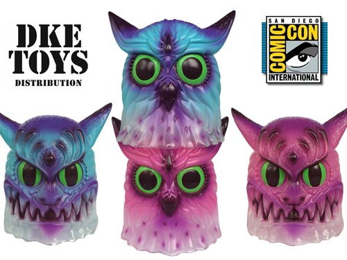 Nekofukurou_by_jeff_soto_x_blackbook_toy-two_colorways_available_for_sdcc_2014_at_dke_toys-trampt-2686m