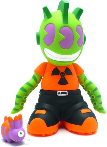 Kidmutant_-_kidrobot_18-frank_kozik-kidrobot_mascot-kidrobot-trampt-261m