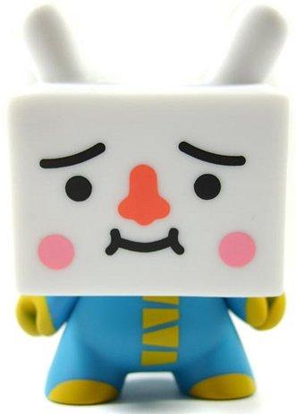 Tofu_-_blue-devilrobots-dunny-kidrobot-trampt-439m