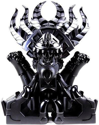 Ozomahtli_-_obsidian-jesse_hernandez-ozomahtli-bic_plastics-trampt-623m