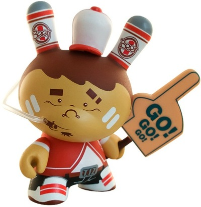 Hooligan_sean-tizieu-dunny-kidrobot-trampt-813m