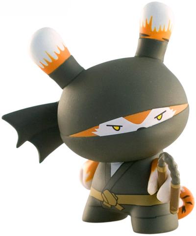 Tiger_ninja-huck_gee-dunny-kidrobot-trampt-847m