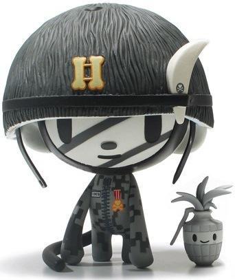 Captain_coco_-_mono-tokidoki-captain_coco-strangeco-trampt-936m