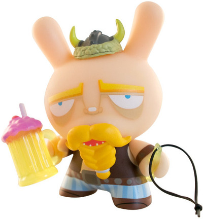 Techno_viking-the_beast_brothers-dunny-kidrobot-trampt-1071m