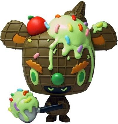 Green_tea_ice_cream-erick_scarecrow-mousey_micci-esc-toy-trampt-1336m