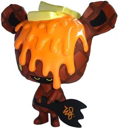 Caramel_waffle-erick_scarecrow-mousey_micci-esc-toy-trampt-1338m