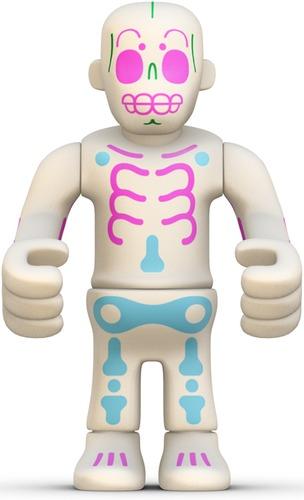 Eboy-peecol-kidrobot-trampt-1378m