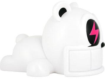 Reach_bear_-_white-reach-reach_bear-kidrobot-trampt-1889m