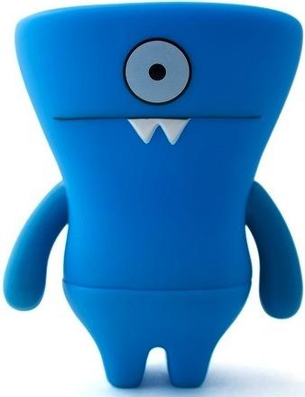 Wedge_head_-_blue-david_horvath-uglydoll-pretty_ugly_llc-trampt-2219m