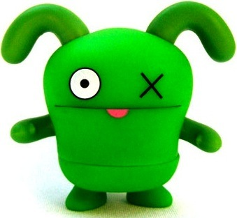 Ox_-_green-david_horvath-uglydoll-pretty_ugly_llc-trampt-2222m